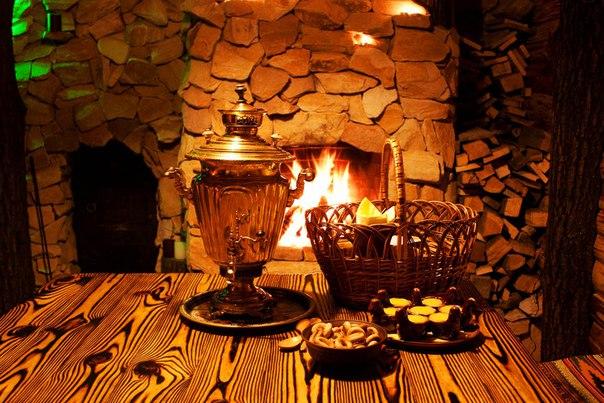 Чай в самоваре на дровах